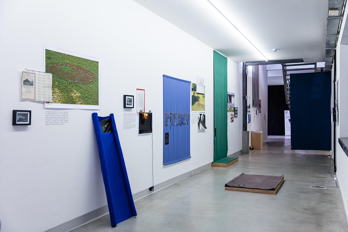 vue de l'exposition co-produite par le BPS 22,  présentée à Charleroi dans le cadre de l'exposition Panorama, sous commissariat de Nancy Casielles